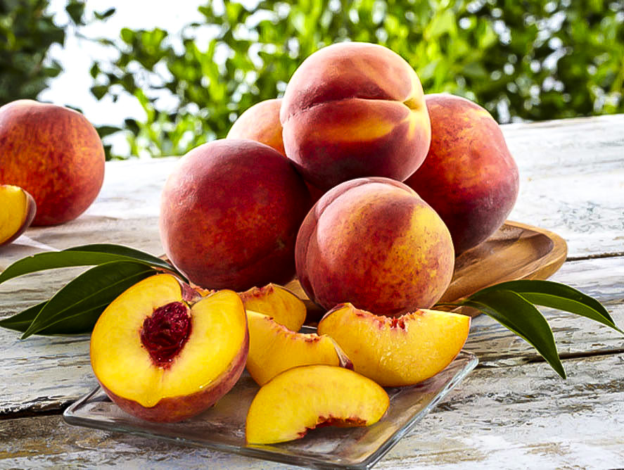 Peach Color Wallpaper with Peach Fruits Picture - HD